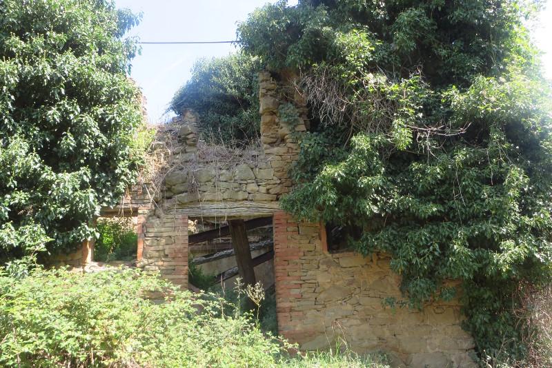 ruina_domu_Calbi_moja_Toskania
