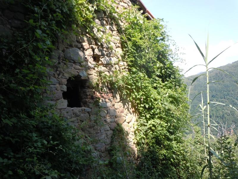 ruina_i_male_okno_bugnano_moja_toskania