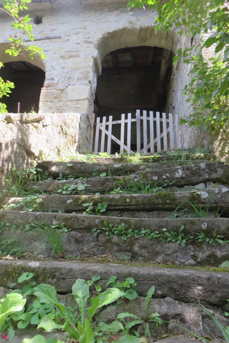 schody_do_luku_bivignano_moja_toskania