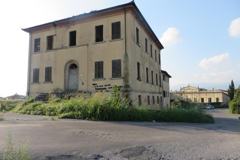 villa_baldi_z_daleka_moja_toskania