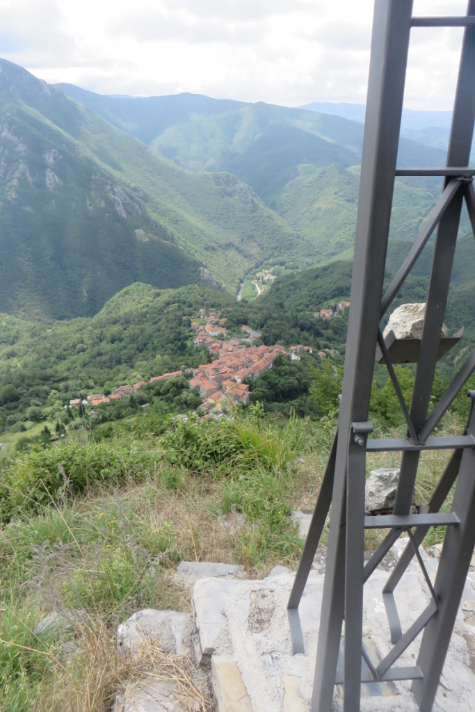 Widok z krzyza na Vico Pancellorum