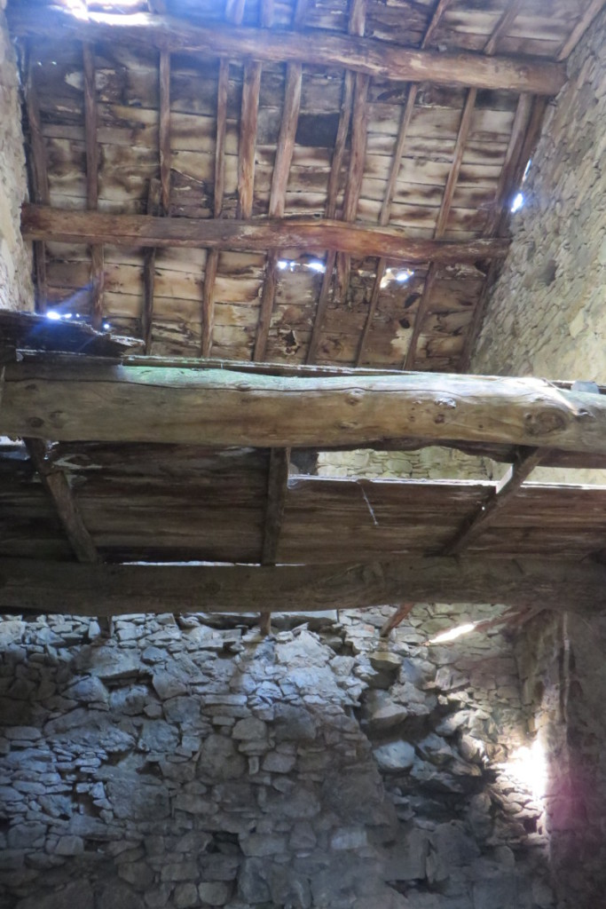 wnetrze_budynku_sambuca_castello_moja_toskania
