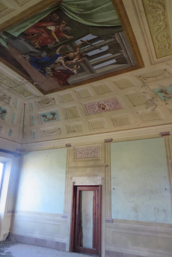 wysoki_sufit_z_malowidlem_moja_toskania