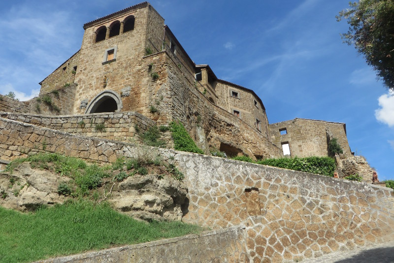 civita_di_bagnoregio_z_bliska_moja_toskania
