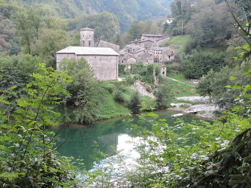 isola_Santa_z_drogi_moja_Toskania