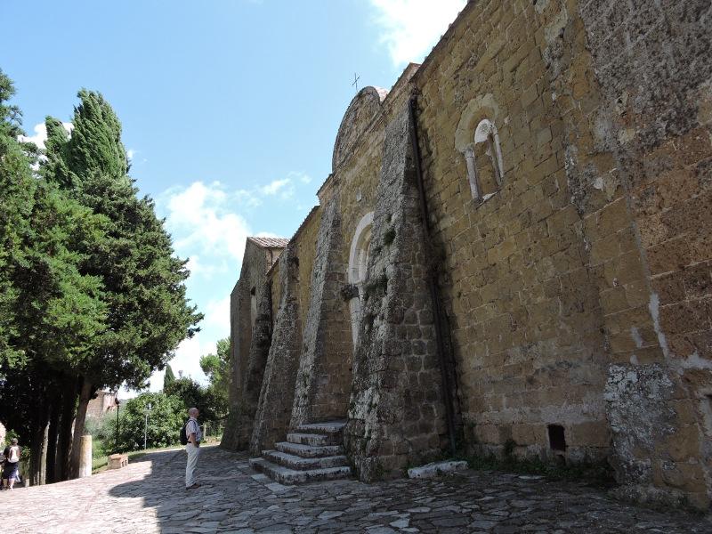 katedra_po_lewej_stronie_moja_toskania_sovana