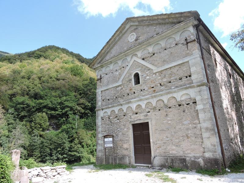 kosciol_isola_santa_moja_toskania