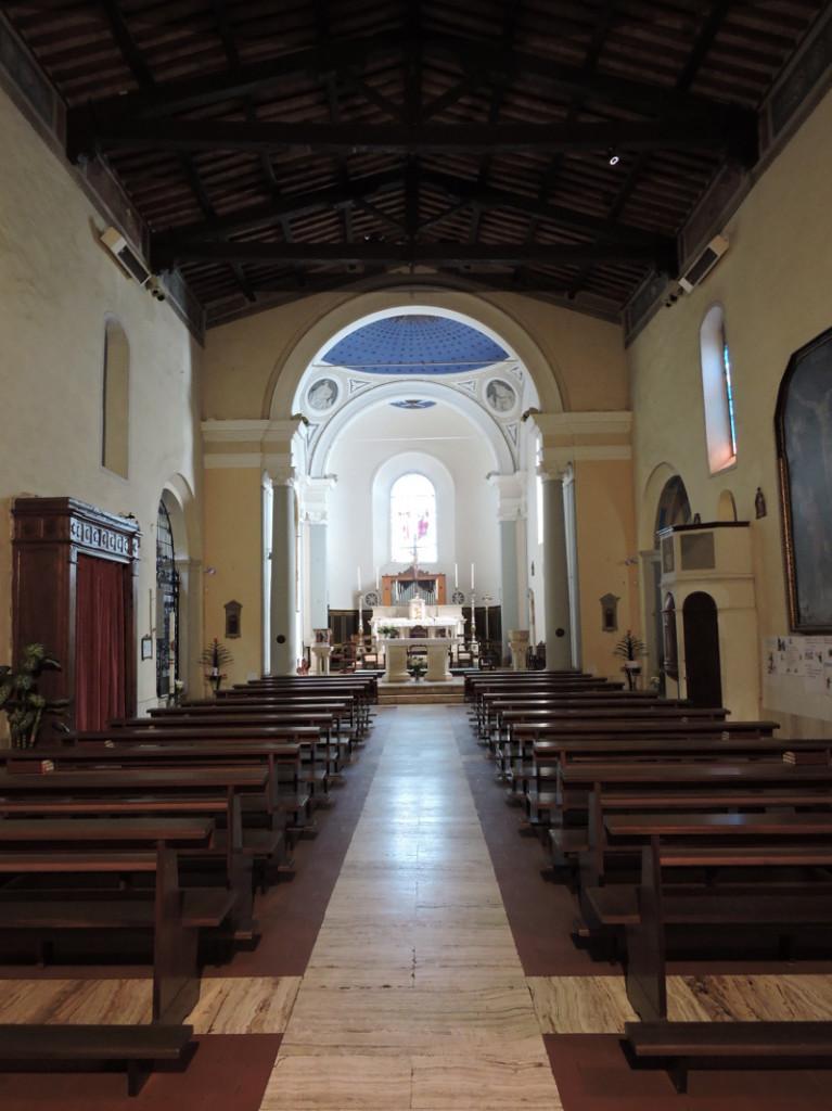 Wnetrze Pieve dei Santi Stefano e Degna