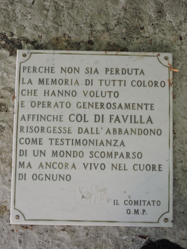 napis_na_scianie_col_di_favilla_moja_toskania