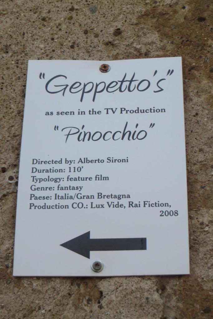 napis_o_filmie_pinokio_civita_di_bagnoregio_moja_toskania