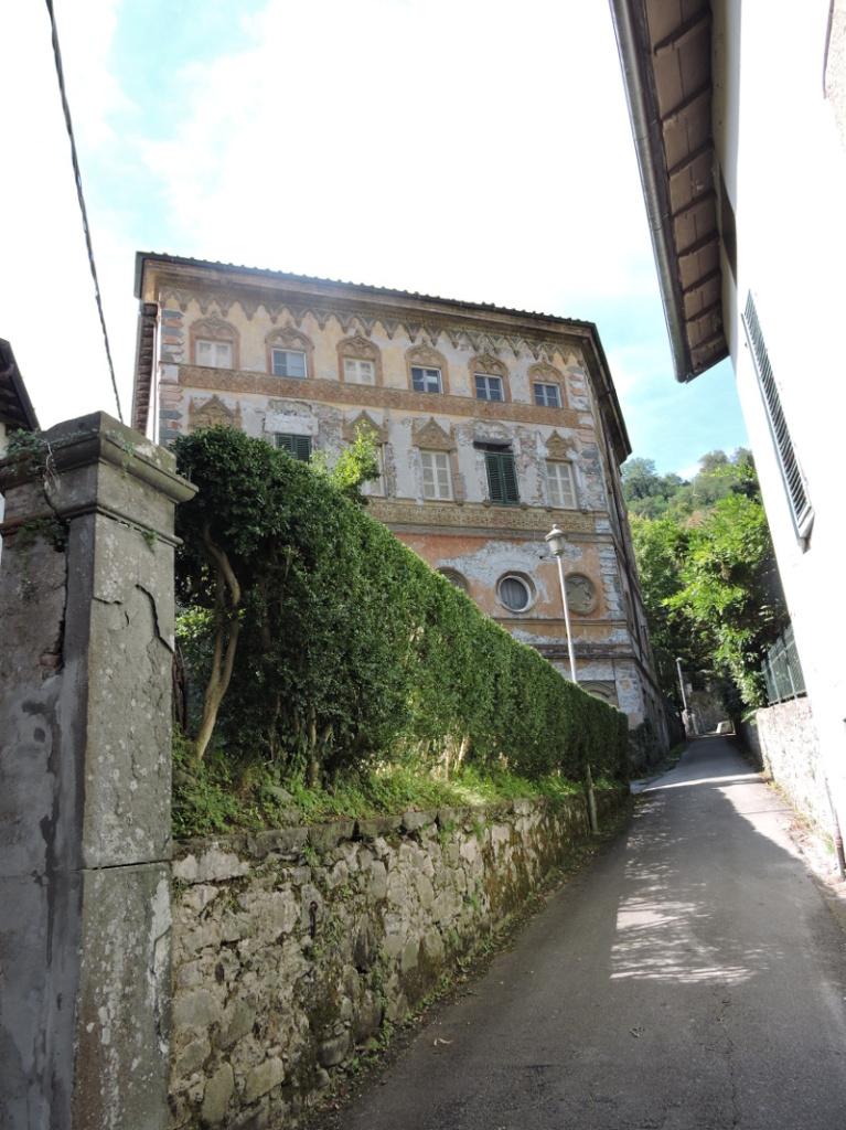 budynek_biblioteki_moja_toskania_bagni_di_lucca