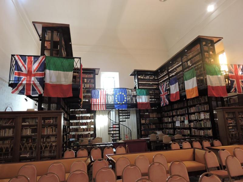 krecone_schody_moja_toskania_bagni_di_lucca_biblioteka