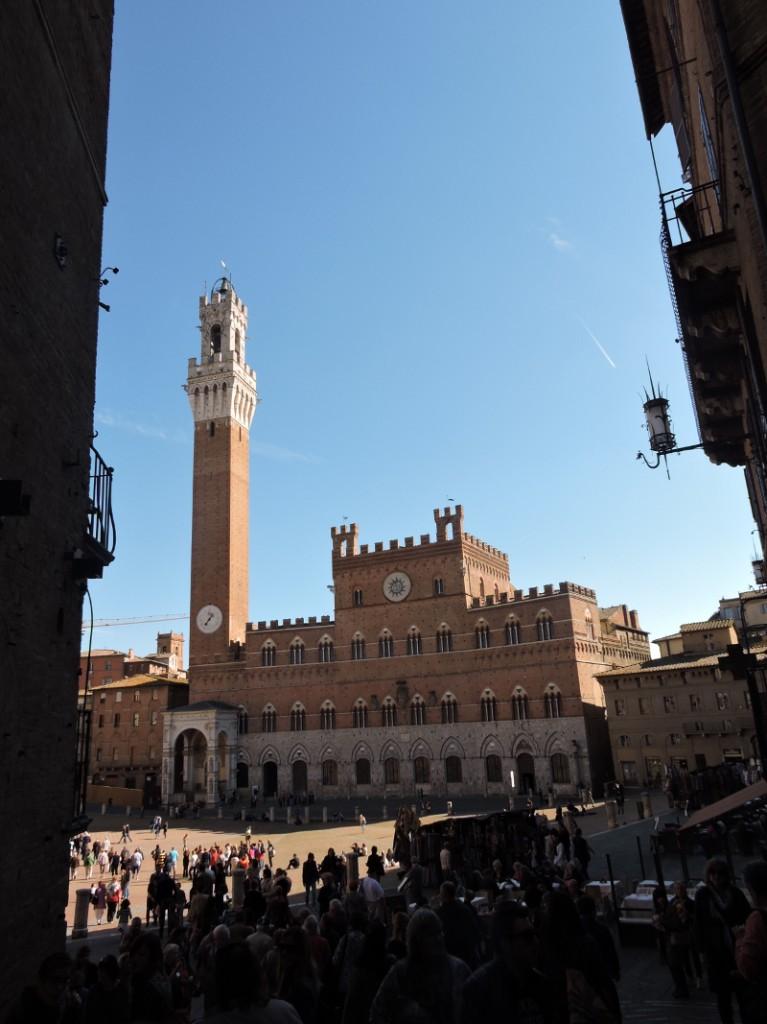 piazza_del_campo_w_oddali_moja_toskania_siena