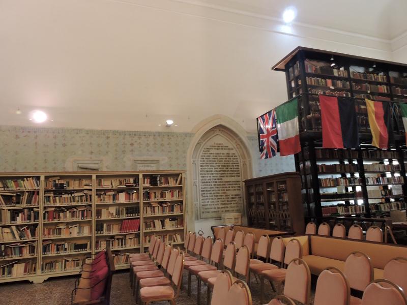 sciana_boczna_biblioteki_moja_toskania_bagni_di_lucca