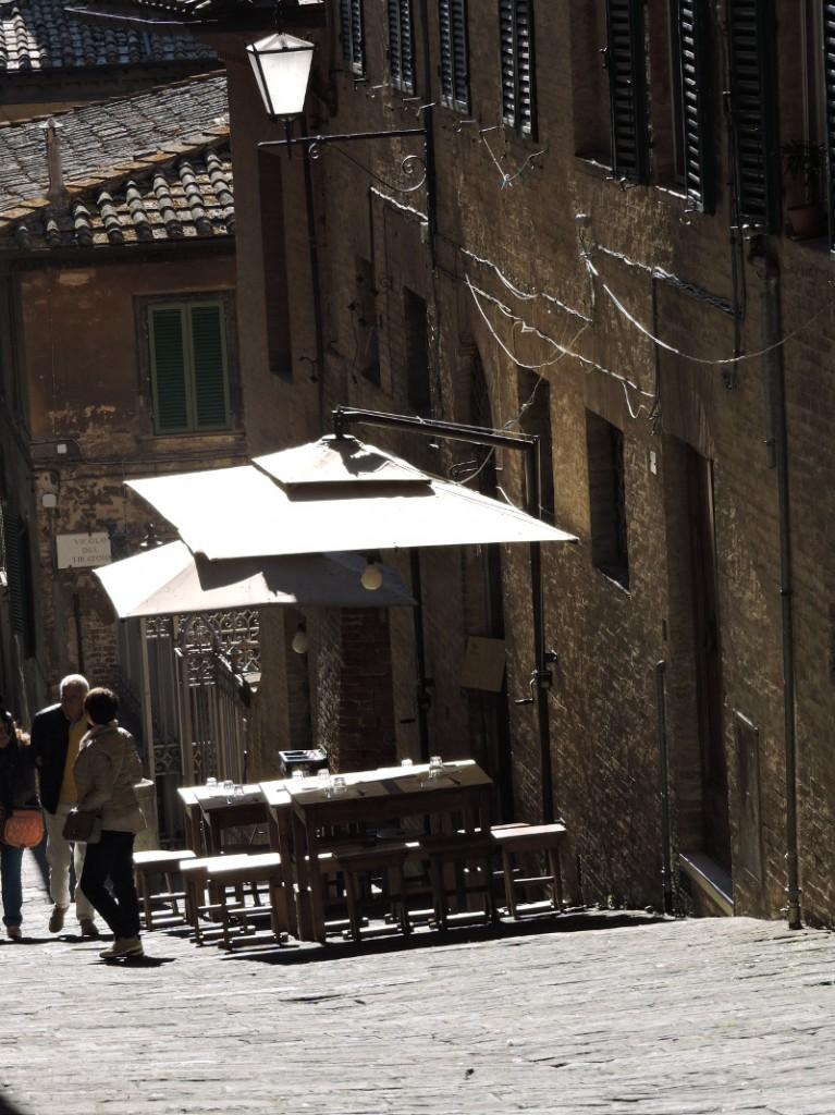 uliczka_slonce_siena_moja_toskania