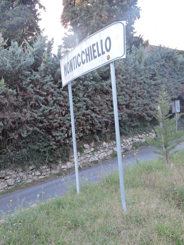 napis_monticchiello_moja_toskania