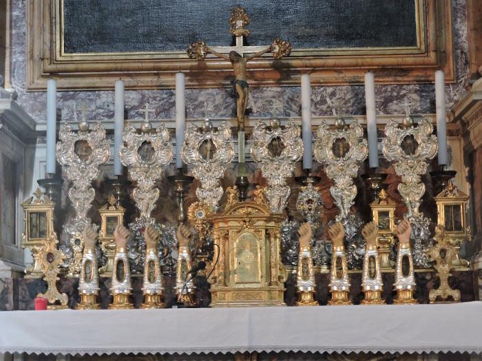 Relikwie swietych