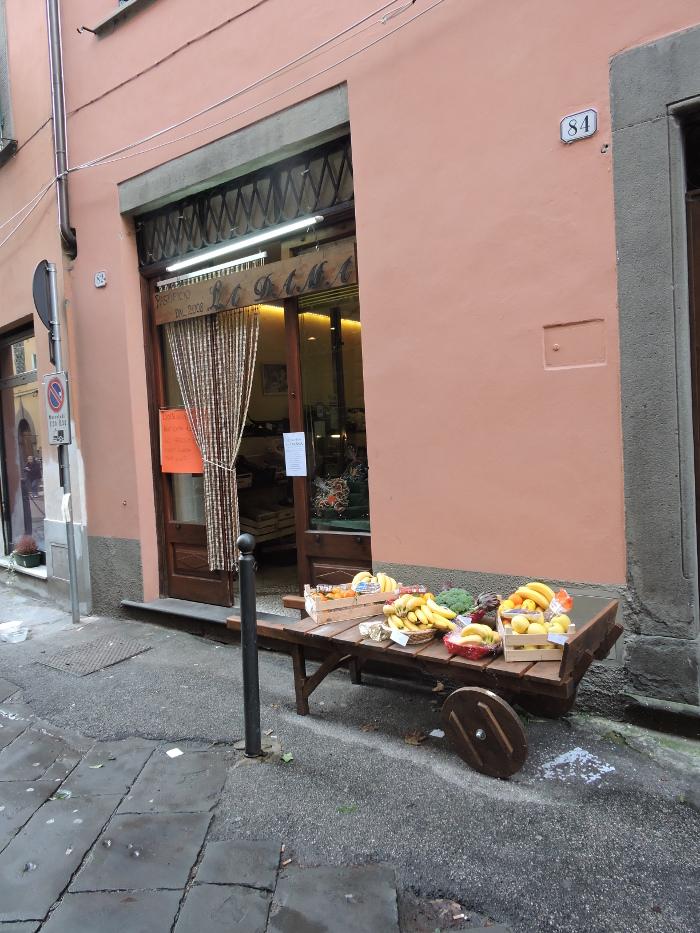 sklep_spozywczy_moja_toskania_borgo_a_mozzano