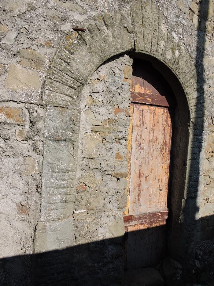 zamurowane_drzwi_moja_Toskania_pontito