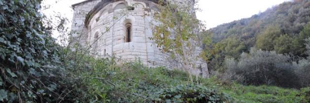 Opuszczony kościół w okolicach Valdottavo
