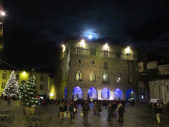 plac_duomo_katedralny_pistoia_moja_toskania_swieta