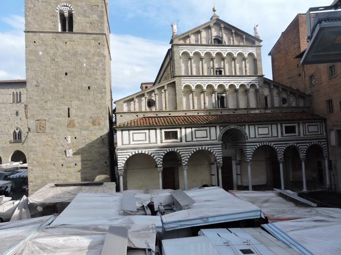 dachy_stoisk_panorama_moja_Toskania_pistoia_targ