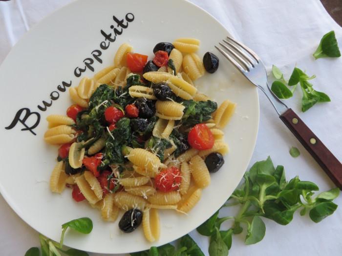 gnocchi_sardi_z_roszponka_i_pomidorkami_moja_Toskania