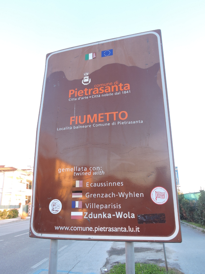 tablica_informacyjna_marina_di_pietrasanta_moja_Toskania