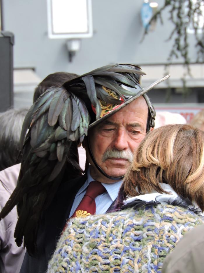 czapka_z_piorami_moja_toskania