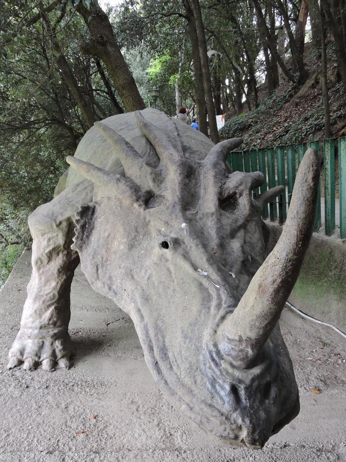 dinozaur_nozorozec_moja_toskania_peccioli_park_prehistoryczny