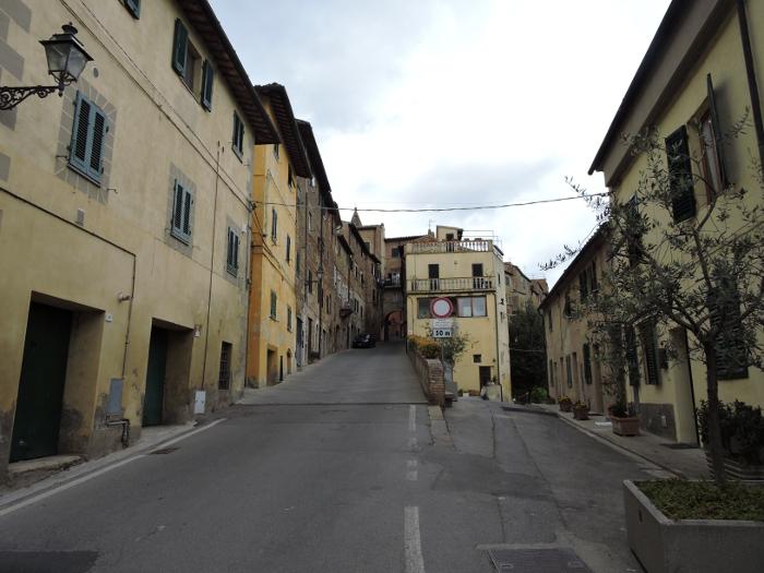 wjazd_do_peccioli_moja_toskania
