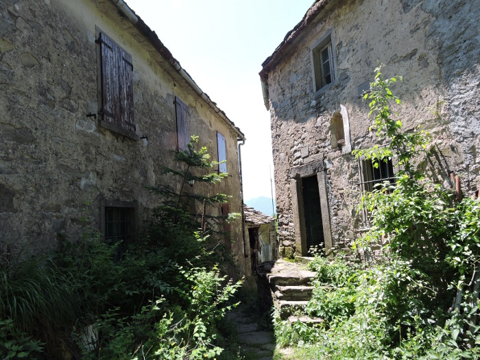 domy_borgo_Chiapporato_moja_Toskania
