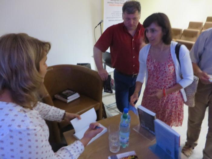 podpisywanie_ksiazek_w_jeleniej_gorze_moja_toskania