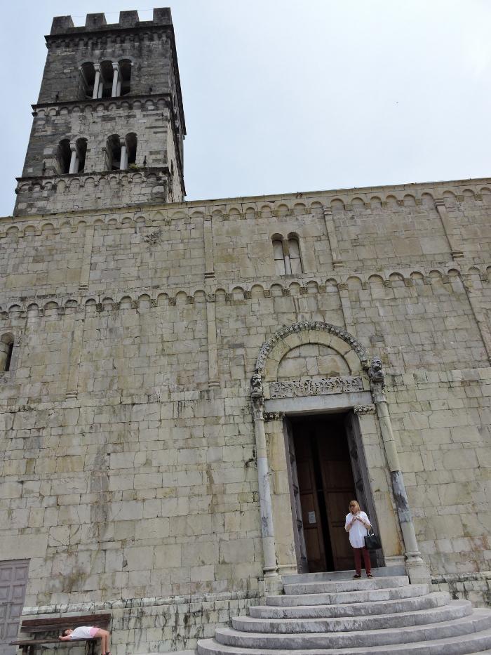 przod_katedry_moja_toskania_barga