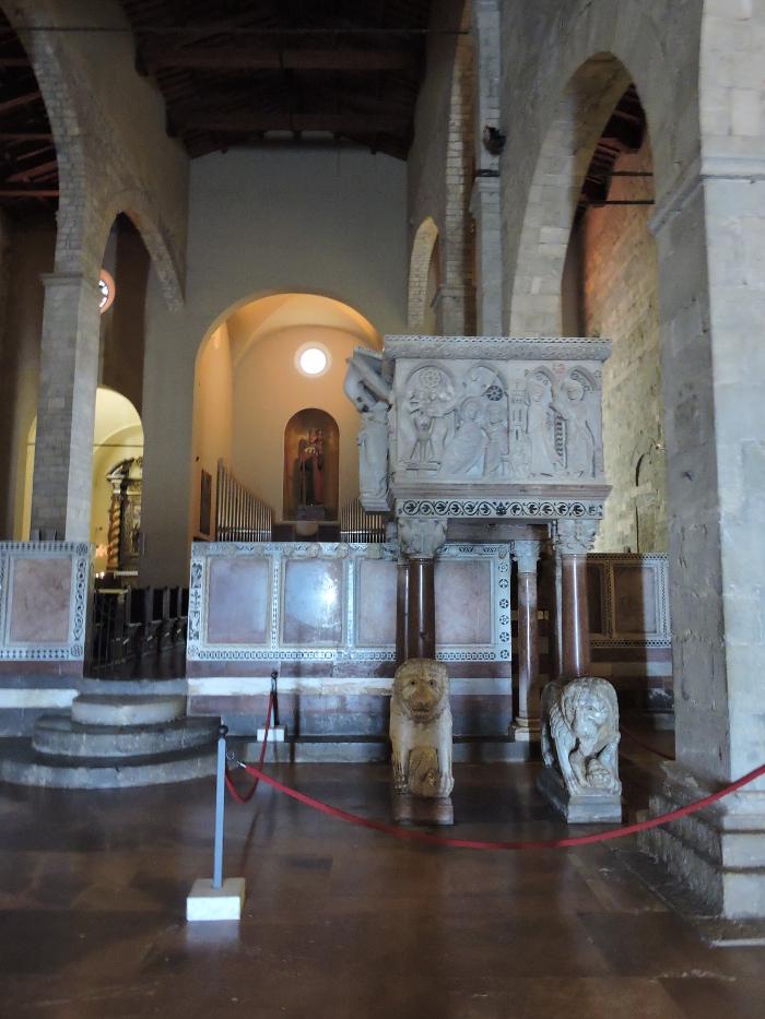 wnetrze_katedry_moja_Toskania