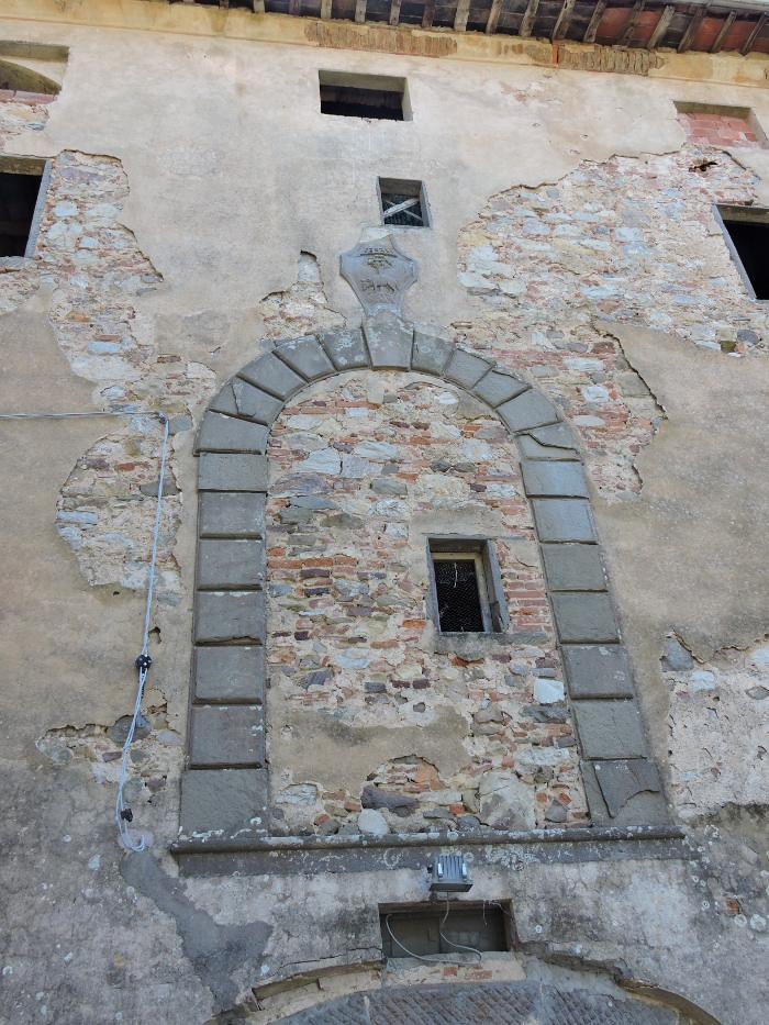 palazzo_vinacciano_moja_toskania