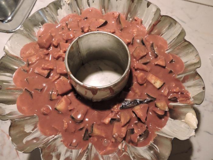 ciasto_baklazanowe_wlane_do_formy_moja_Toskania