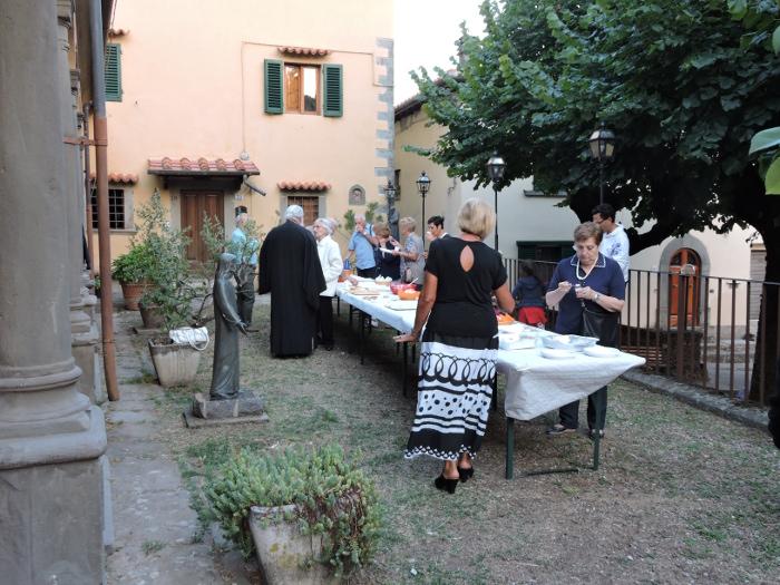 stol_pod_kosciolem_moja_Toskania_San_momme