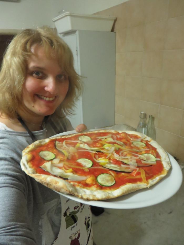 aleksandra_seghi_parujaca_pizza_moja_toskania