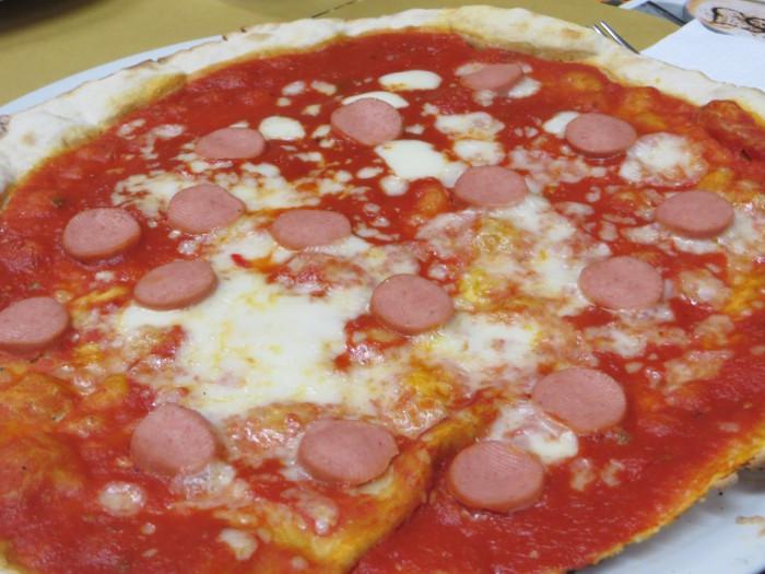 pizza_z_parowka_moja_toskania