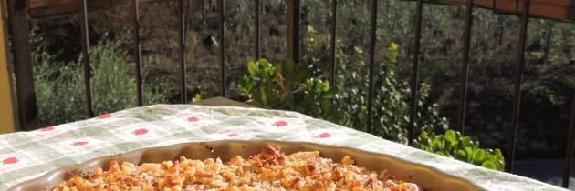 Tarta z jabłkami cotogne (pigwą) i orzechami włoskimi