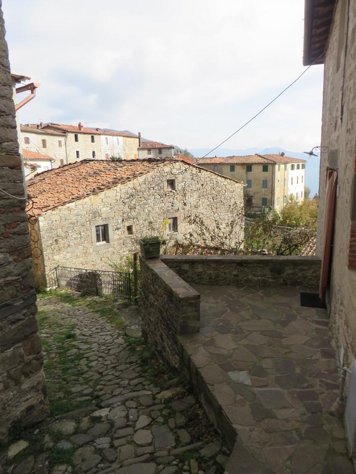domy_colognora_di_pescaglia_moja_Toskania