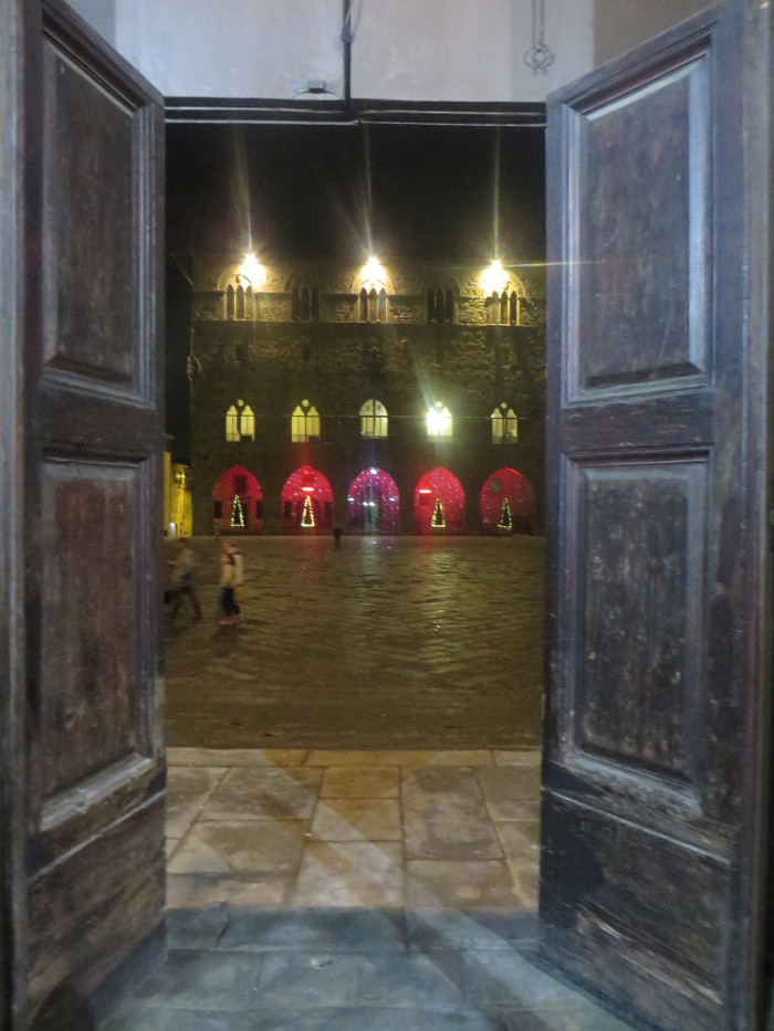 drzwi_od_trybunalu_swiatecznie_moja_toskania