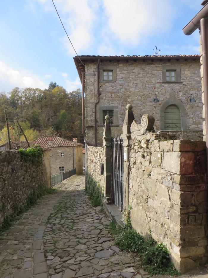 ulica_colognora_di_pescaglia_moja_toskania
