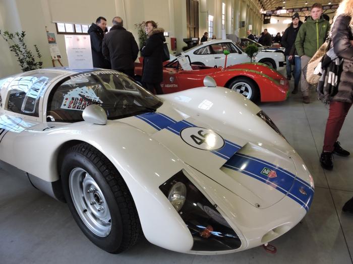 biale_auto_sportowe_moja_Toskania