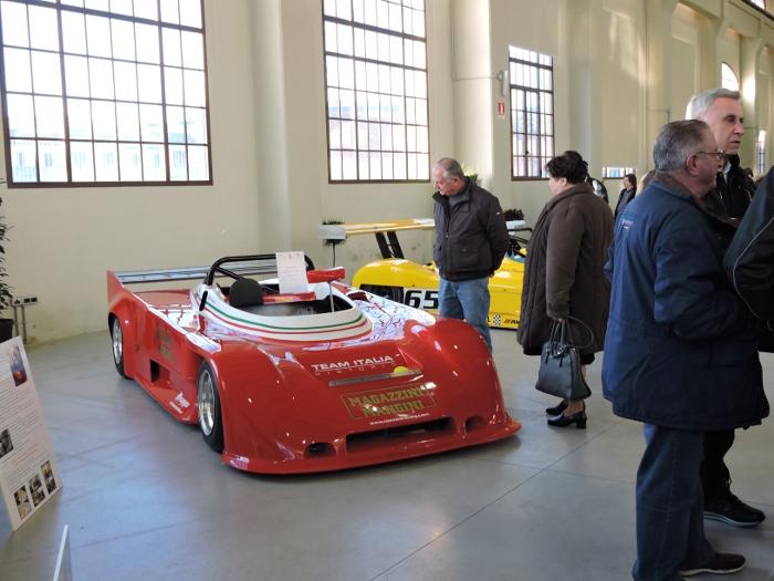 czerwone_auto_sportowe_moja_toskania
