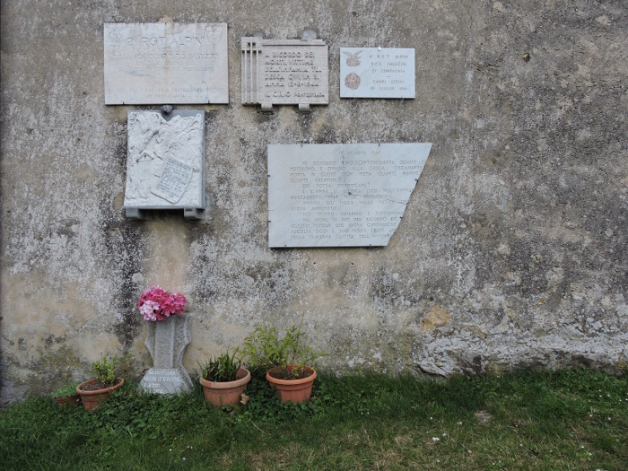tablice_pamiatkowe_sant_anna_di_stazzema_moja_toskania