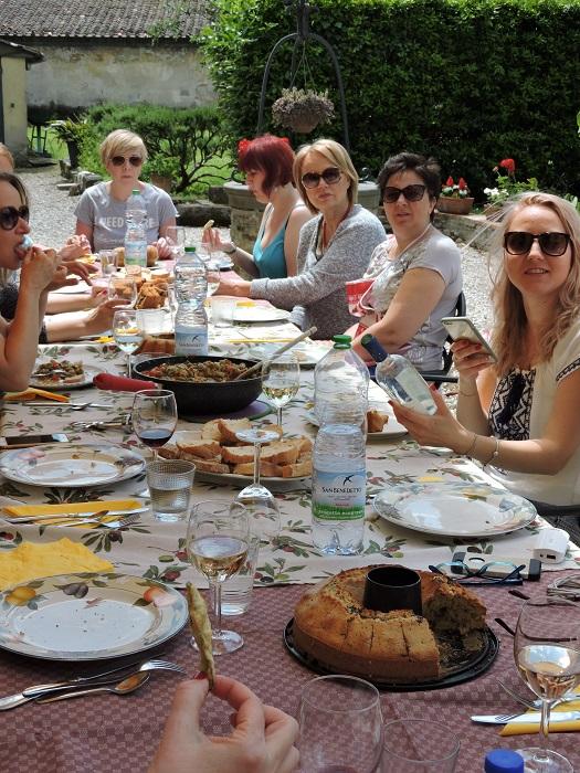 maria_bandoni_przy_stole_moja_toskania