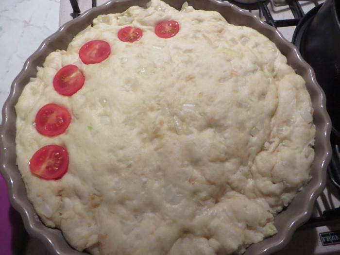 rozkladanie_pomidorkow_czeresniowych_na_ciescie_moja_toskania