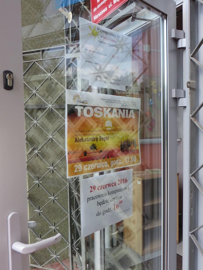 drzwi_biblioteki_na_majdanskiej_moja_toskania